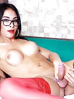 Horny tranny Bianca Meirelles gets naked and show it all