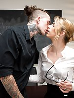 School principal Casey Kisses must contend with a new sexy unorthodox teacher Ruckus, who is a little too progressive for the parents' taste. While Casey attempts to put him in line, Ruckus attempts to open her mind and legs to his seductive charms. Hot T