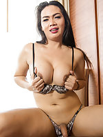 Sara 2 - Big Beautiful Cambodian